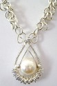 TEARDROP PEARL PENDANT WITH CHAIN